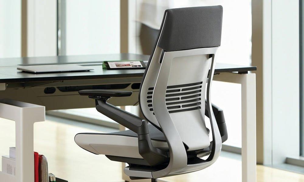 ارگونومی در صندلی اداری